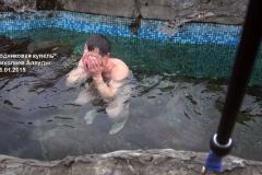 Крещеннские купания в родниковой воде